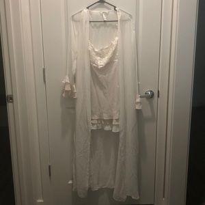 Delicates Sleepwear Set, Size XL